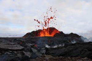 Geldingadalir volcano erupting during the day in Iceland