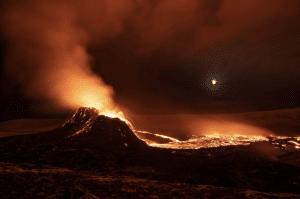 Geldingadalir volcano erupting at night in Iceland